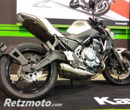 ACCESS DESIGN Support de plaque ACCESS DESIGN ras de roue noir Kawasaki Z650