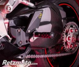 LIGHTECH Carter de bras oscillant LIGHTECH carbone brillant Ducati Panigale