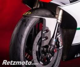 LIGHTECH Garde boue avant LIGHTECH carbone brillant Ducati Panigale